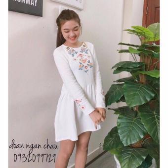 Đầm thêu hoa (trắng)