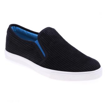 Giày xỏ nữ Aqua Sportswear W127 (Đen)