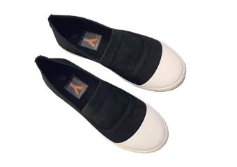 Giày Lười Nữ Gg24h (Đen)