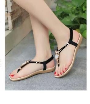 Sandal đính đá hình mặt cú