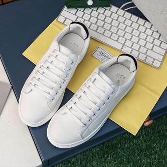 Giày sneaker màu trắng gót đen TT160