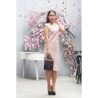 Đầm công sở Cocoxi màu hồng nhạt 18BD03H
