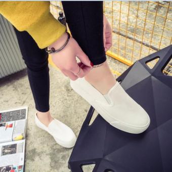 Giày slip on nữ màu trắng đế 3cm GL77