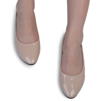 Casual Ladies Flat Shoes Solid Color Patent Leather (Apricot) - intl
