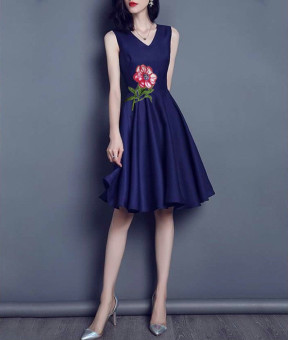 Đầm xòe thêu hoa hồng Mozy MZD430 (Xanh Đen)