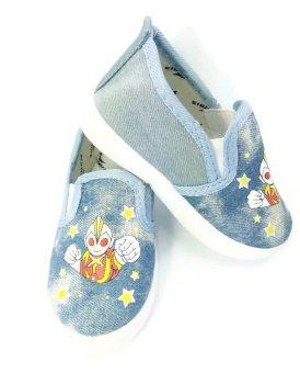 Giày bata phong cách thể thao cho bé trai