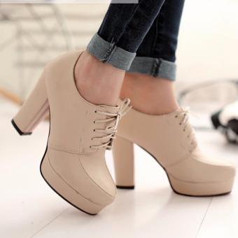 Giày boot nữ cổ sâu đế vuông trẻ trung GBN15402