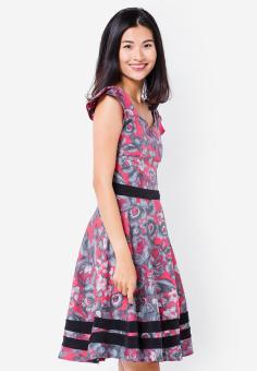 Đầm xòe in hoa tay ngắn màu hồng Cirino