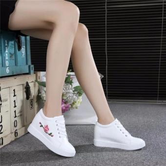 Giày Sneaker Nữ Độn Đế Thêu Hoa Hồng (trắng)