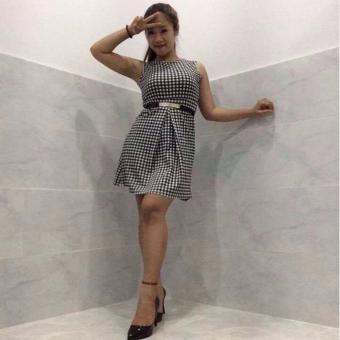 Đầm xòe caro ( đen trắng )