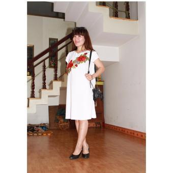 Đầm bầu hoa hồng thêu