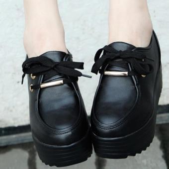 Giày bánh mì để độn cá tính BM023D (Đen)..
