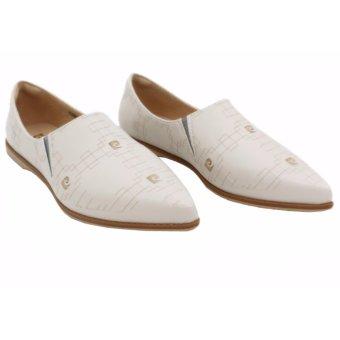 Giày búp bê logo Pierre Cardin SB068-CREAM