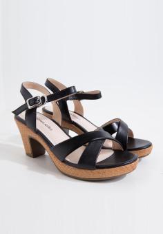 Sandals da nữ hiệu Aokang hàng mới 100%. Size 35 mã 17281104435
