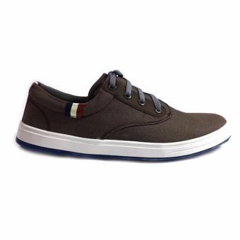 Giày sneaker nam FX1 B89