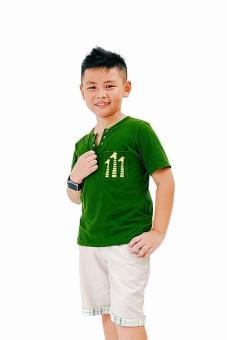 Áo Thun 3 Con Hươu Genii Kids (Xanh)