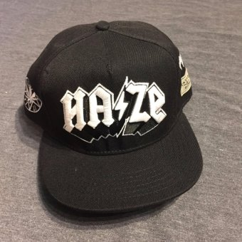Mũ snapback Cayler Haze M047