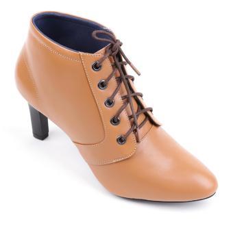 HL7070-1 - Giày boot nữ Huy hoàng da bò cột dây màu da