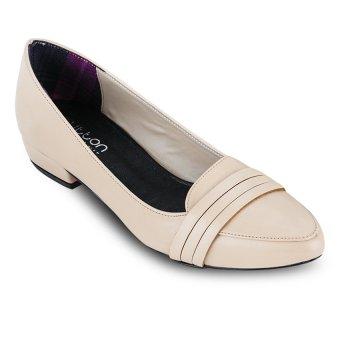 Giày bít nữ Button On BS005 (Kem)