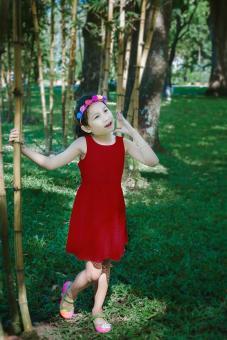 Đầm Ren Thun Genii Kids (Đỏ)