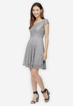 Đầm Xòe Ren Cổ Tim Thời Trang - Xám - Size M