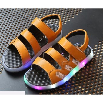 Giày bé trai sandal 3 quai ngang có đèn SC018 (Vàng)
