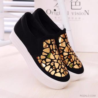 Giày lười slip on nữ đế cao Rozalo RWG2417BG-Đen Vàng