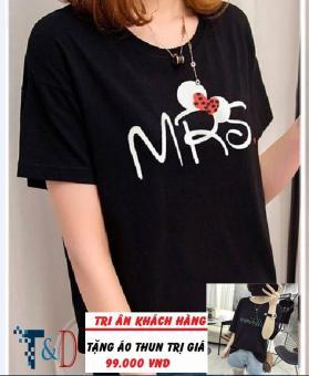 Áo Thun Nữ In Hình Mrs Cá Tính D398 Trần Doanh ( Màu Đen ) + Tặng Áo Thun In Hình T&D Cao Cấp