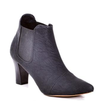 Boot lana thời trang 8 phân (Đen)