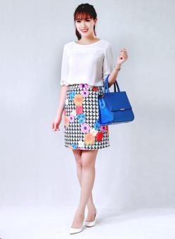 Chân váy jupe dáng chữ A họa tiết hoa nhiều màu thời trang Bella moda