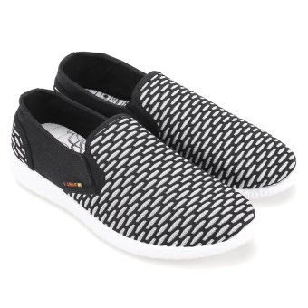 Giày thể thao nam AZ79 MNTT0140011A1 (Đen)