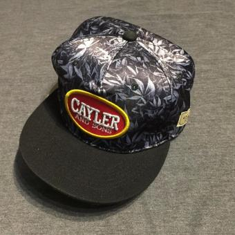 Mũ snapback Cayler Canabis M042