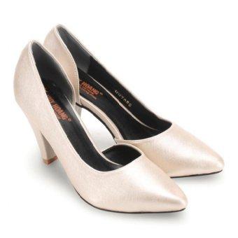 Giày nữ Huy Hoàng cao cấp xẻ hông (Kem)