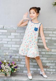Đầm Hoa Hạ Eo Phối Túi Jeans Genii Kids (Xanh nhạt)