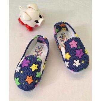 Giày Vải Hình Ngôi Sao Cho Bé