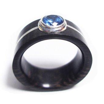 Nhẫn gỗ Mun sừng cẩn bạc nguyên chất và đá Topaz tự nhiên
