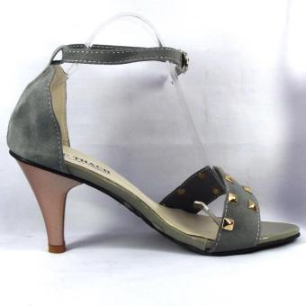 Sandal nữ màu ghi