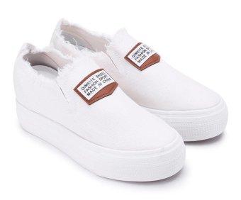 Giày lười thể thao nữ AZ79 WNTT0135001A1 (Trắng)