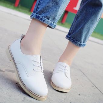 Giày boot nữ cổ thấp đế bệt (Trắng)
