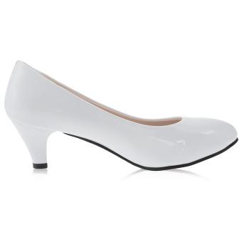 Elegant Ladies Shallow Mouth Low Heel Sandals Shoes(White) - intl
