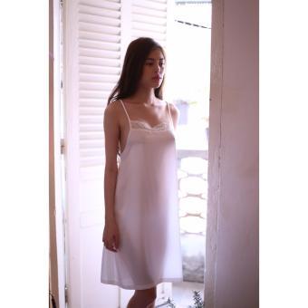 Váy Ngủ Hai Dây Buộc Nơ Lưng (Trắng)