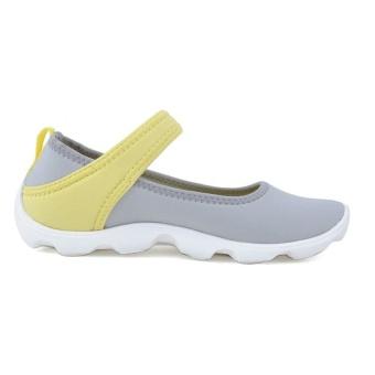 Giày búp bê bé gái Crocs Duet Busy Day Mary JaneLight 15352 0AK (Xám Vàng)
