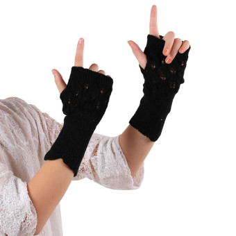 Hollow Out Leaves Knitted Gloves Black