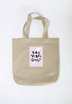 Túi tote nữ Bad Vibes Only Cung Cấp Bởi Suvi (Kaki)