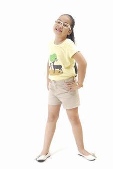 Áo Thun Hình Con Hươu Genii Kids (Vàng)
