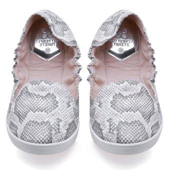 Giày Búp Bê Butterfly Twists Jade (Bt05-001-217) - Trắng/ Bạc Họa Tiết Da Rắn