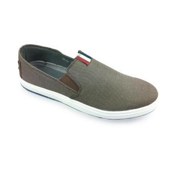 Giày vãi thông dụng