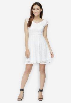 Đầm Xòe Ren Cổ Tim Thời Trang - Trắng - Size M