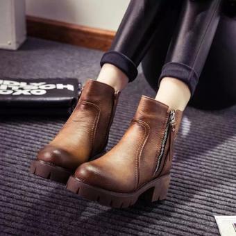 Giày bốt nữ đế thô cao 5cm màu nâu GBN24