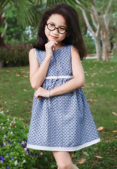 Đầm Hoa Đen Trắng Genii Kids (Xanh)